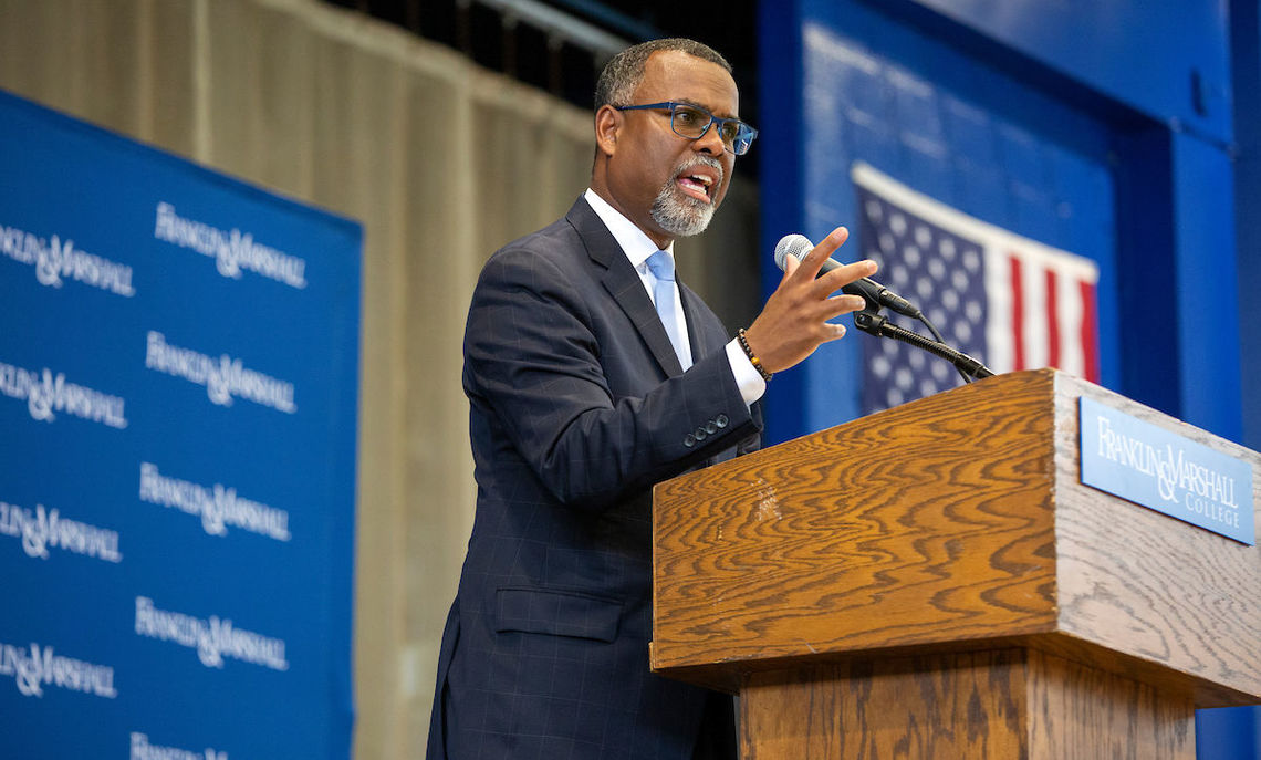 Common Hour, 9/12/19: Pragmatism in a Deep Shade of Blue: John Dewey and the Question of Race in the United States. Professor Eddie S. Glaude Jr. from Princeton University addresses the F&M community in Mayser Gymnasium.