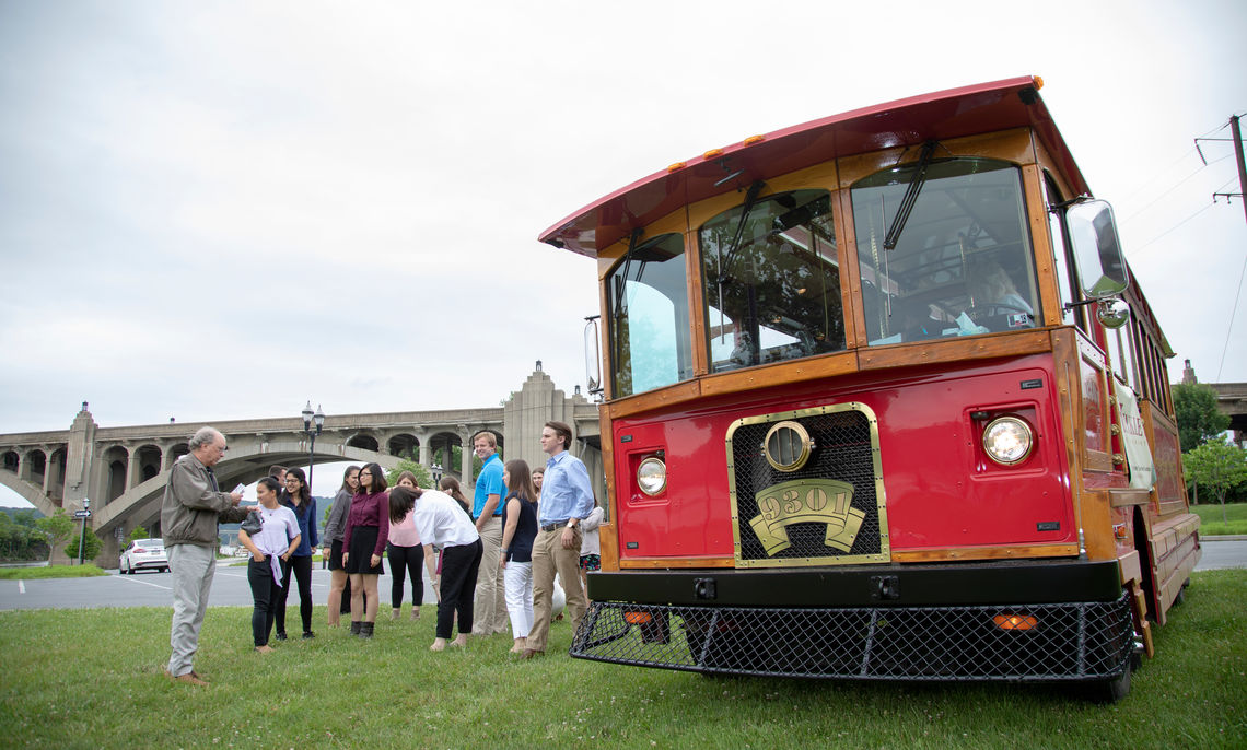 PSSI students learned about the history of Columbia during a trolley tour of the town led by Randolph Harris. Ann Hughes, director of the Ware Institute, said Columbia was the perfect place to think about thriving communities.