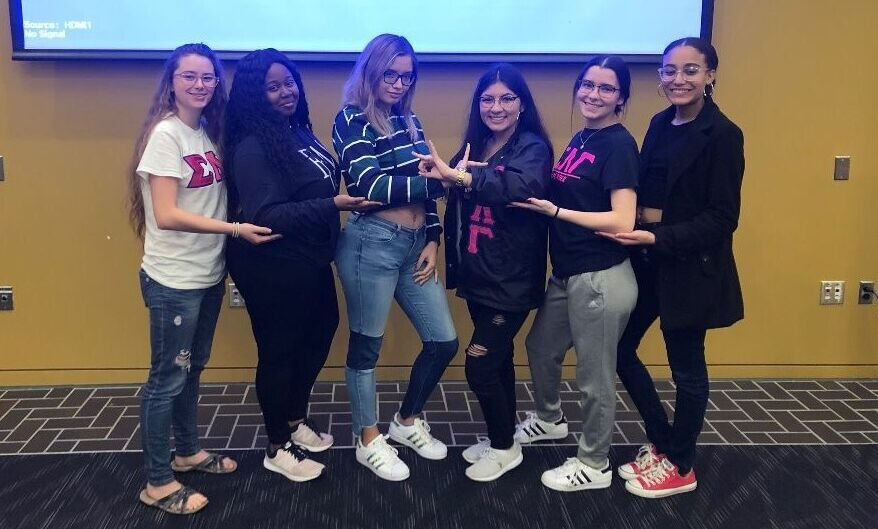 Women of Sigma Lambda Gamma hosting Gammas Get Real: Mental Health at F&M, in collaboration with Active Minds (October 2019)