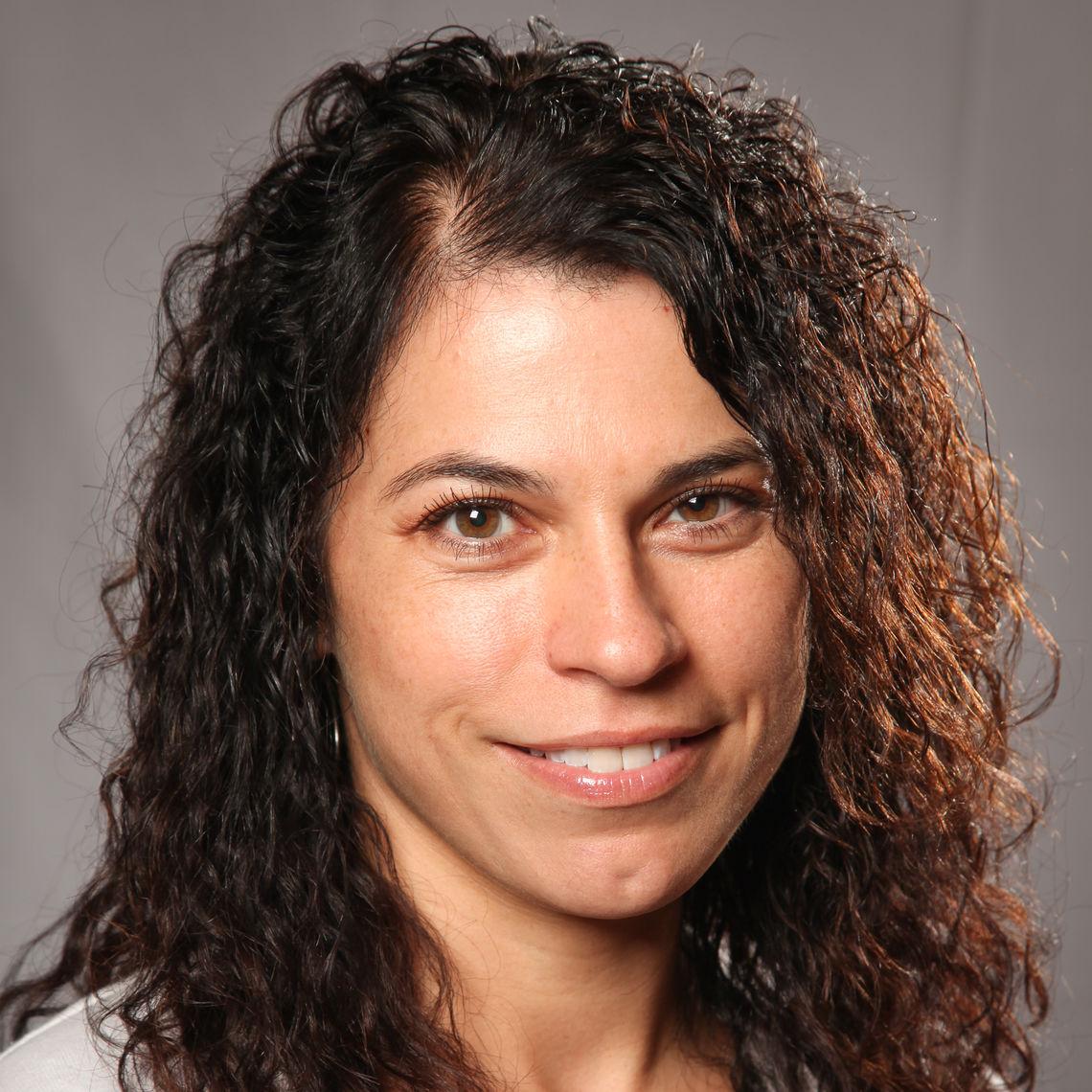 Maria Flores Mills
