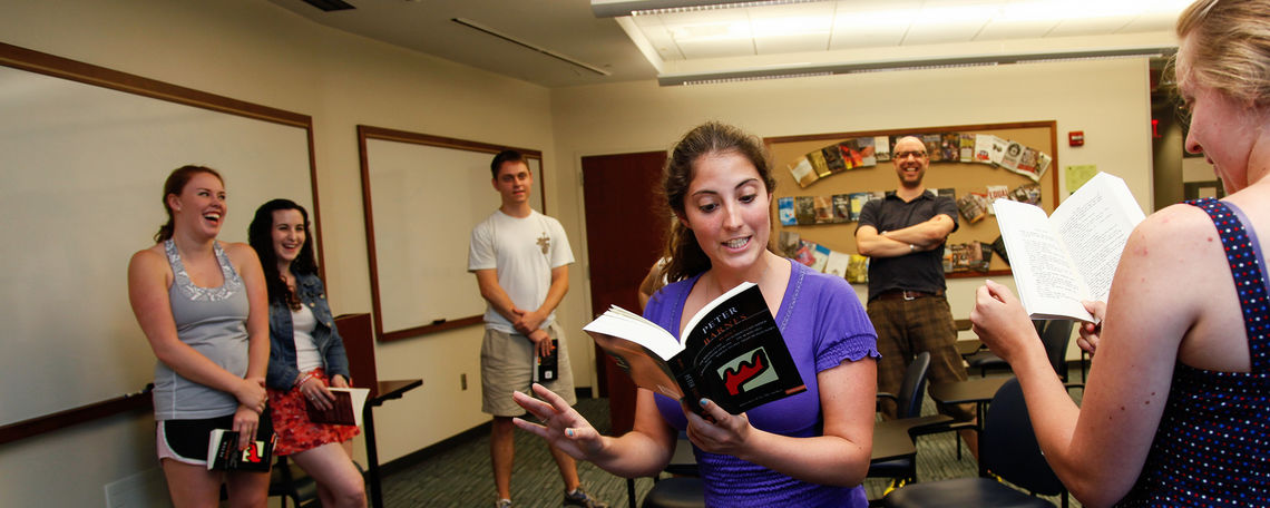 "Photo taken during summer course ""Comedy on Stage and Film"". Grouped in pairs, students rehearse a scene from The Ruling Class by Peter Barnes."