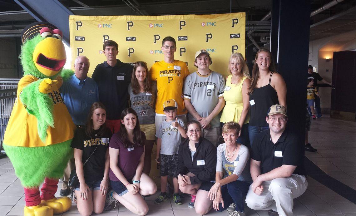Pittsburgh - Pirates Game