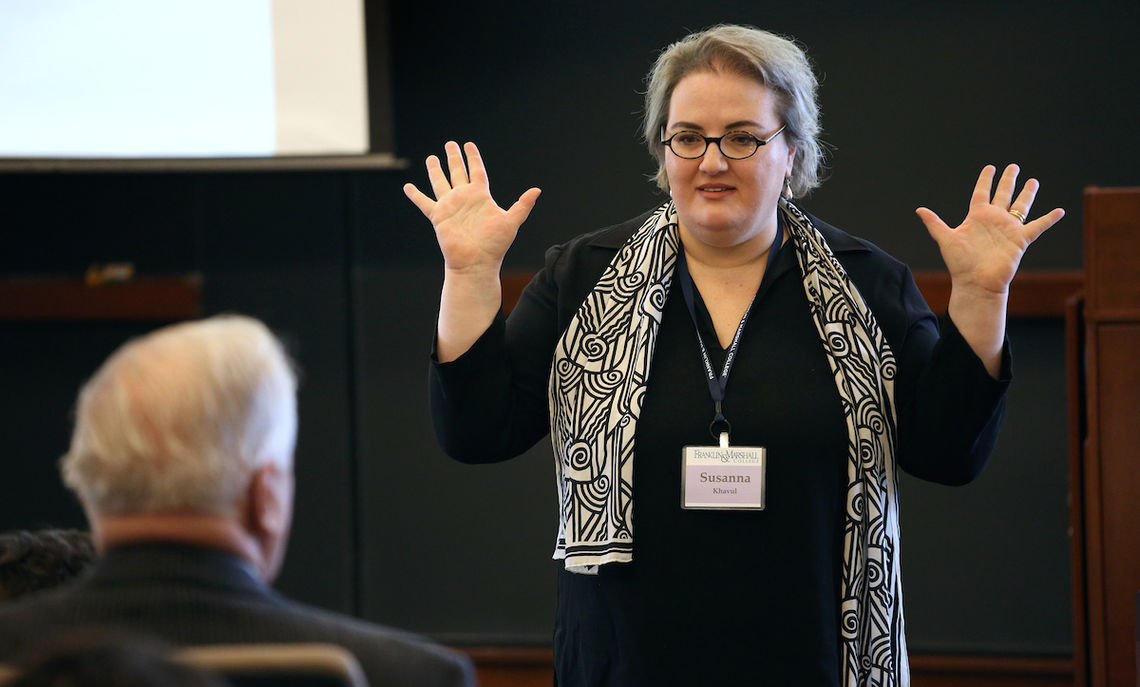 Keynote speaker Susanna Khavul, an associate professor of strategic management, entrepreneurship and innovation at the University of Texas at Arlington, leads a discussion at the Creativity & Innovation Symposium.