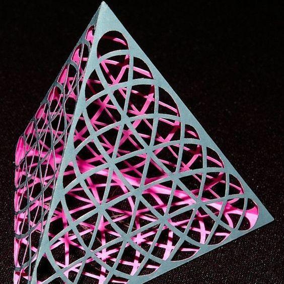 Tetrahedron image