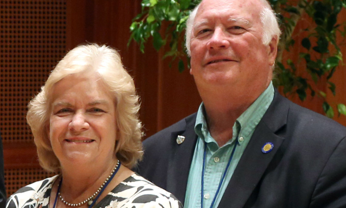 Bob Brooks '66, P'98 and his wife, Sue, are generous contributors to the College.