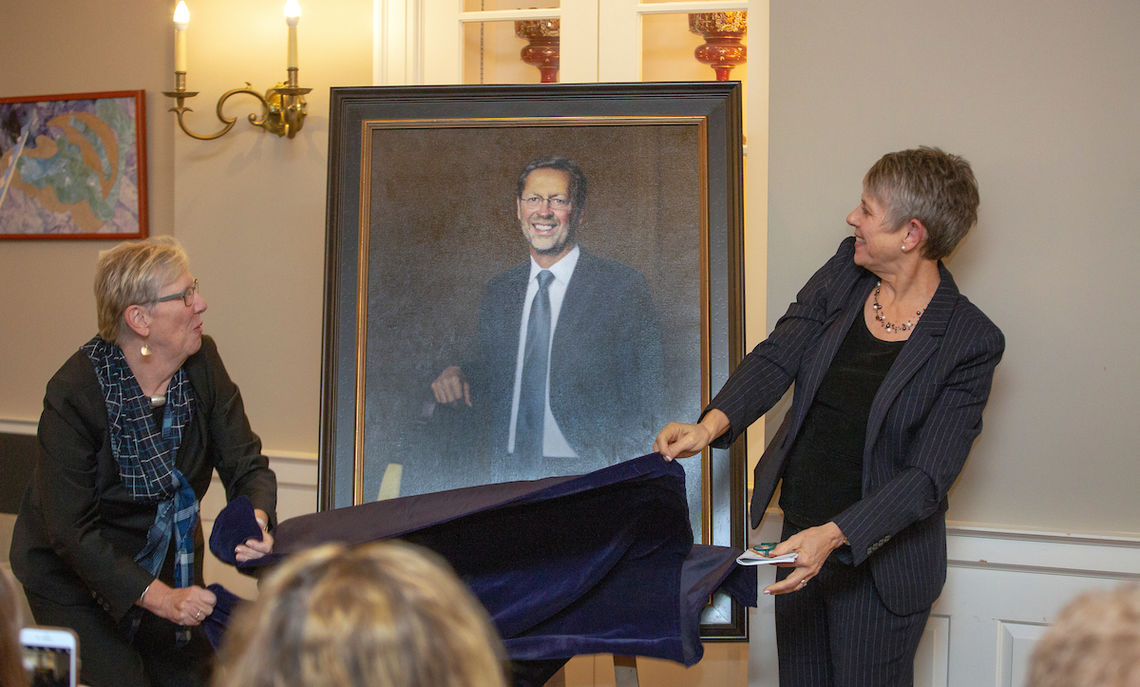Another Friday celebration was the unveiling of the portrait of former F&M President Daniel R. Porterfield by Board Chair Sue Washburn '73 and F&M President Barbara Altmann. Washburn also announced that the College had named the Steinman College Center's atrium after Porterfield.