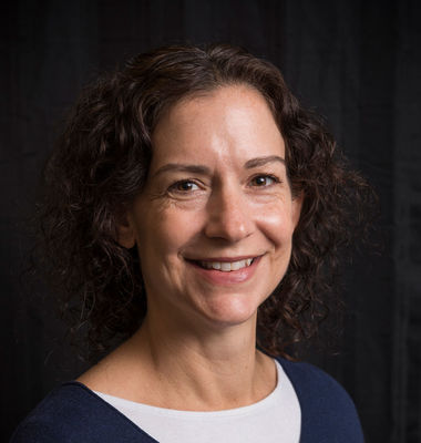 Elizabeth Lonsdorf, associate professor of animal behavior