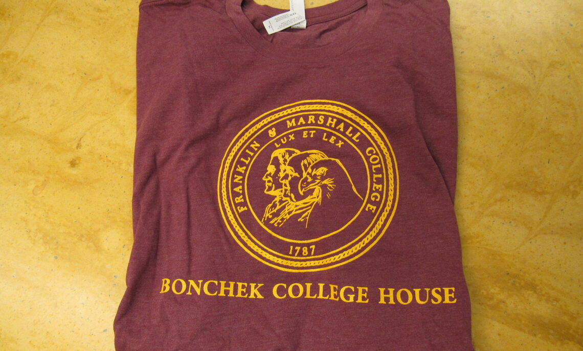 Bonchek's circular logo with our Red-Tailed Hawk. Available in Short Sleeve.