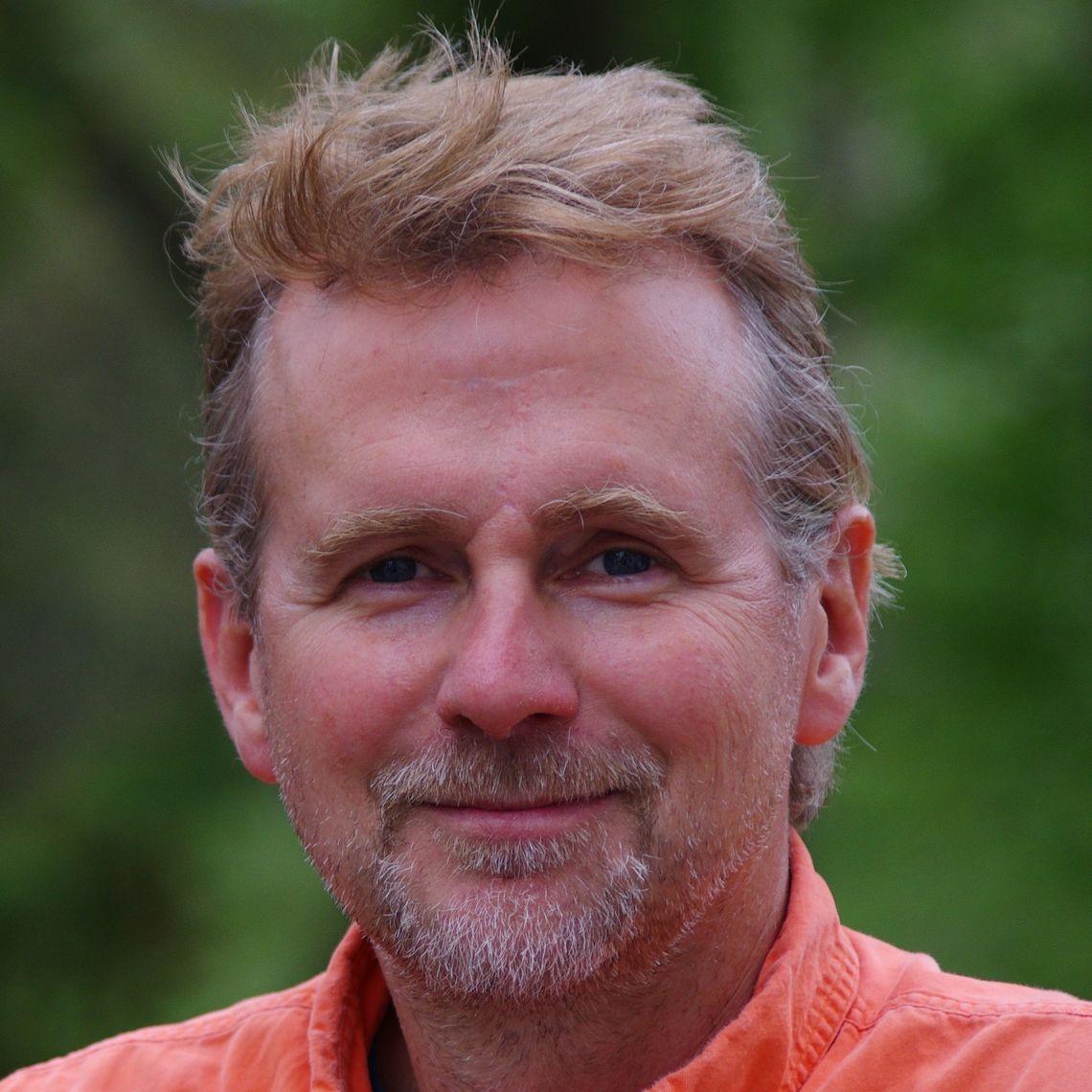 Tim Bechtel Headshot