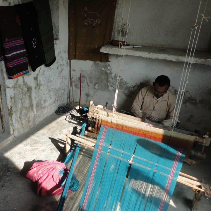 a man weaving near the Little Rann of Kutch in Gujarat, India shrima pandey 10 india sit ihp cities fall 2014 OCS OIP