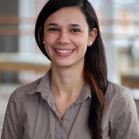 Sara Albrecht-Soto '17 will work in Spain under a Fulbright ETA.