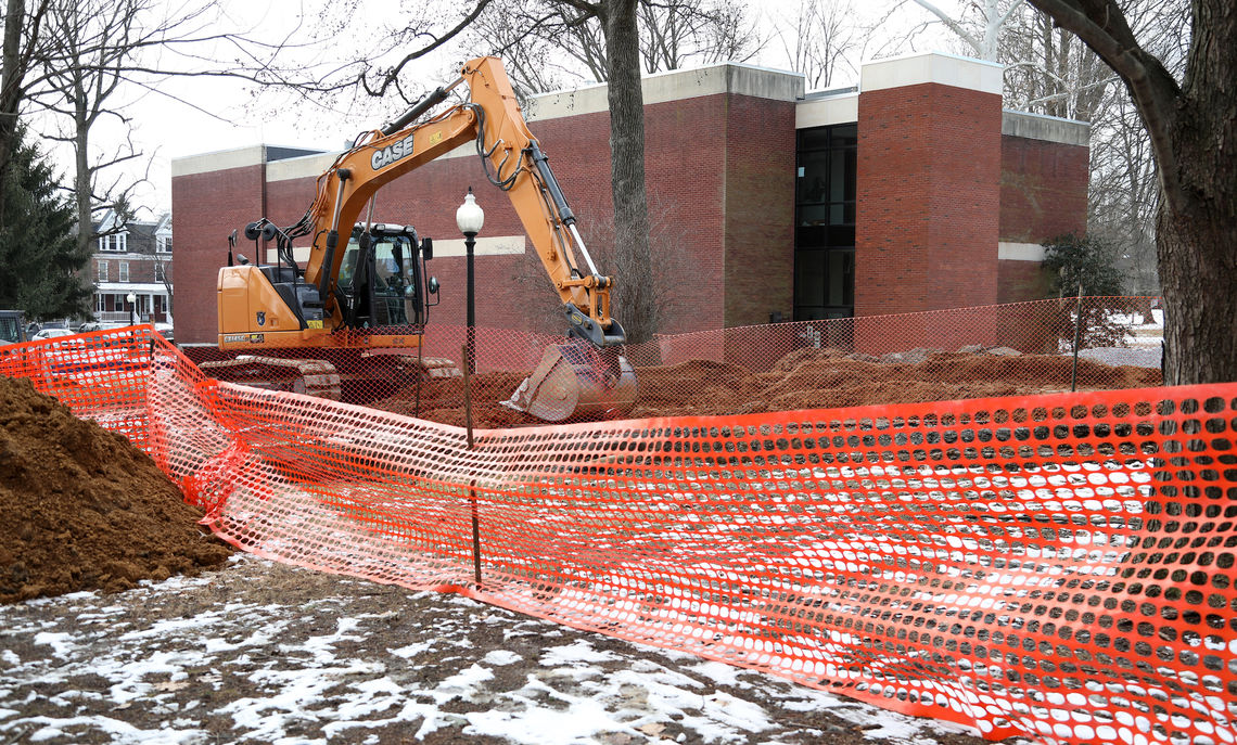 Work begins on the Susan & Benjamin Winter Visual Arts Center. Funding for the $28 million center began in 2016 with the Winters' $10 million gift—the single largest from an alumnus in F&M's history.