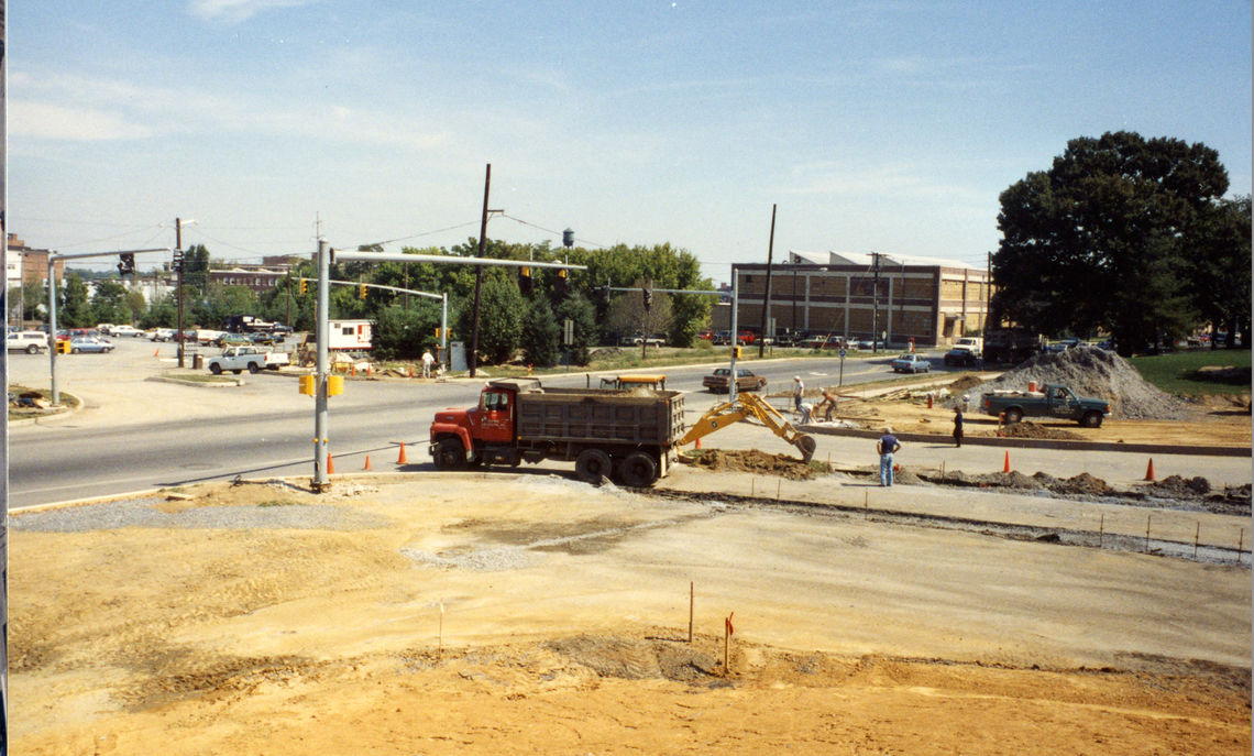 The intersection of Harrisburg Avenue and Williamson Parking Lot as seen in the 1980s.