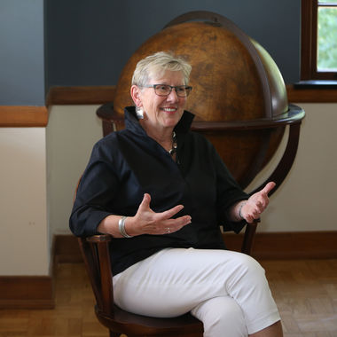 Sue Washburn '73, a member of the first four-year cohort of women admitted to Franklin & Marshall, became the first alumna to lead the institution as chair of its Board of Trustees on July 1. She recently sat down with Franklin & Marshall Magazine to discuss her special connection to the College and vision for her alma mater.