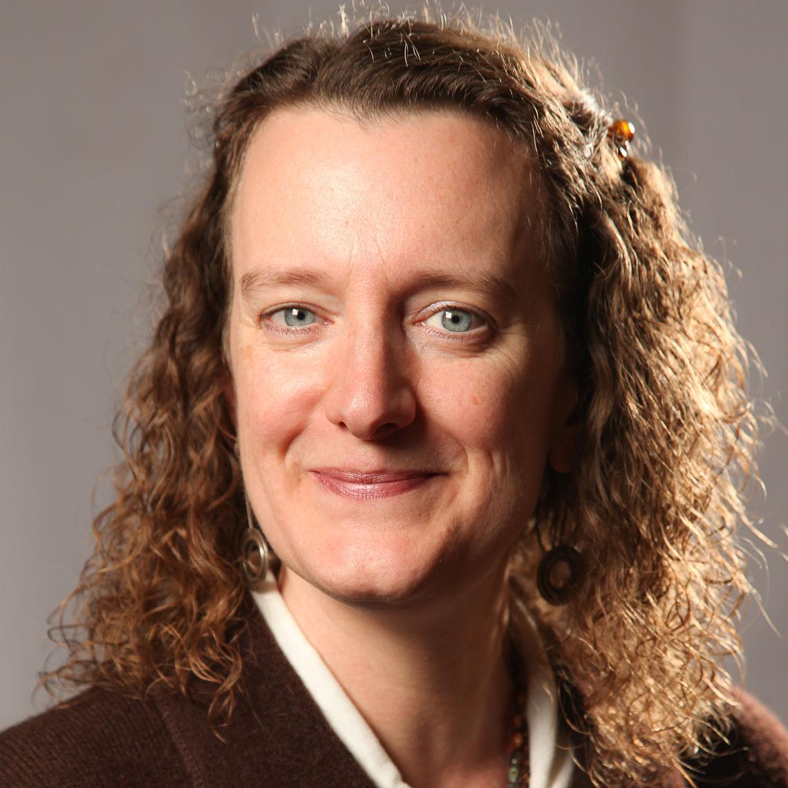 Lisa Stillwell