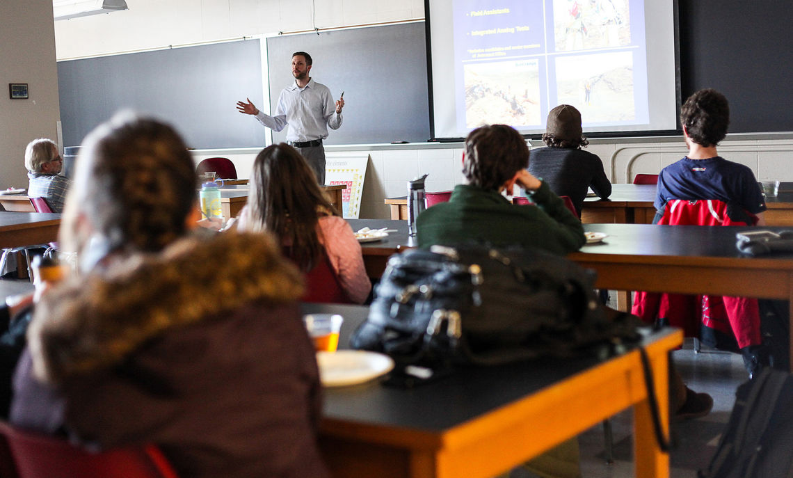 Jake Bleacher '00, who majored in geology at F&M, speaks with students and faculty members in the Department of Earth & Environment about his career as a planetary geologist at NASA.