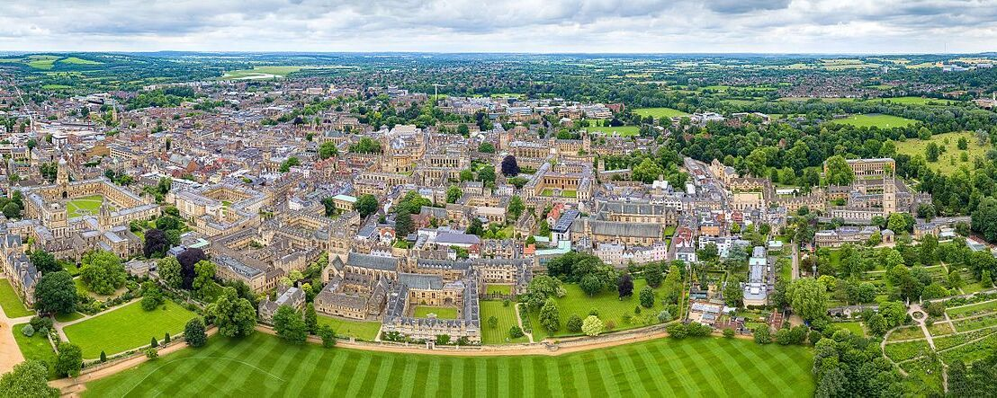 Aerial photo of Oxford University.
