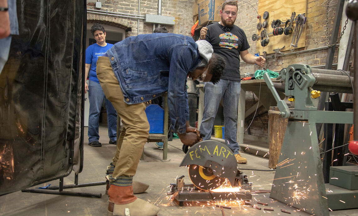 An October 2018 Creativity Innovation and Design class led by Jason Thompson, Nydia Manos, Dirk Eitzen and Janine Everett includes metal working and welding.