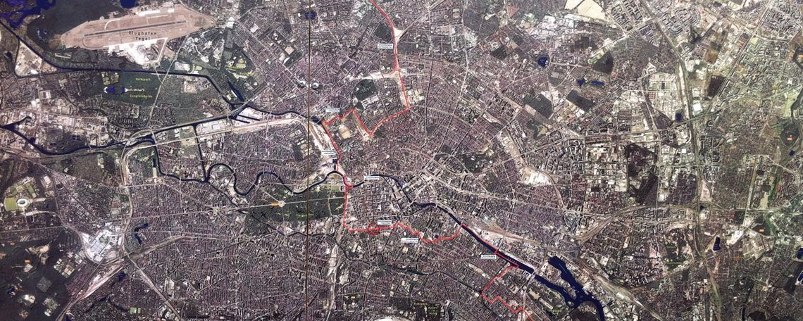 Aerial map East and West Berlin