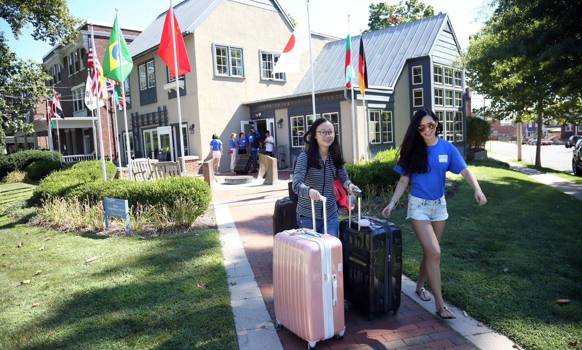 First-year International students arrive at the Joseph International Center and are greeted by current F&M Students.