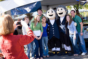 http-blogs-fandm-edu-wp-content-blogs-dir-29-files-2012-04-homecoming09-jpg