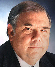 Dale F. Frey '54 (courtesy of the Damon Runyon Cancer Research Foundation)